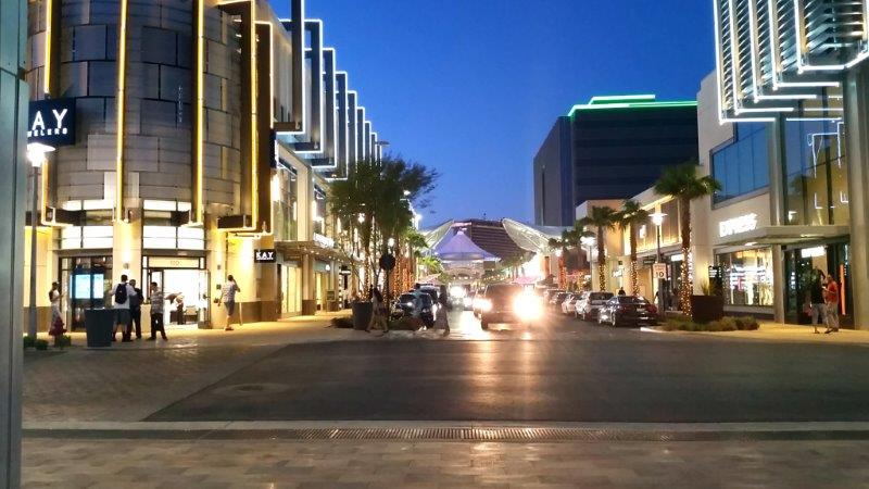 Downtown Summerlin_street